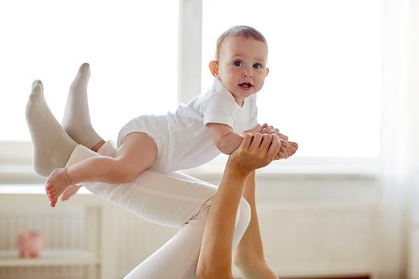 کارگاه مادر و کودک رشد حرکتی